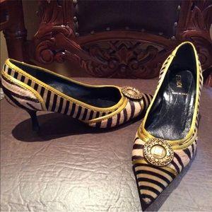 UNIQUE Fendi women's pony hair animal print heels